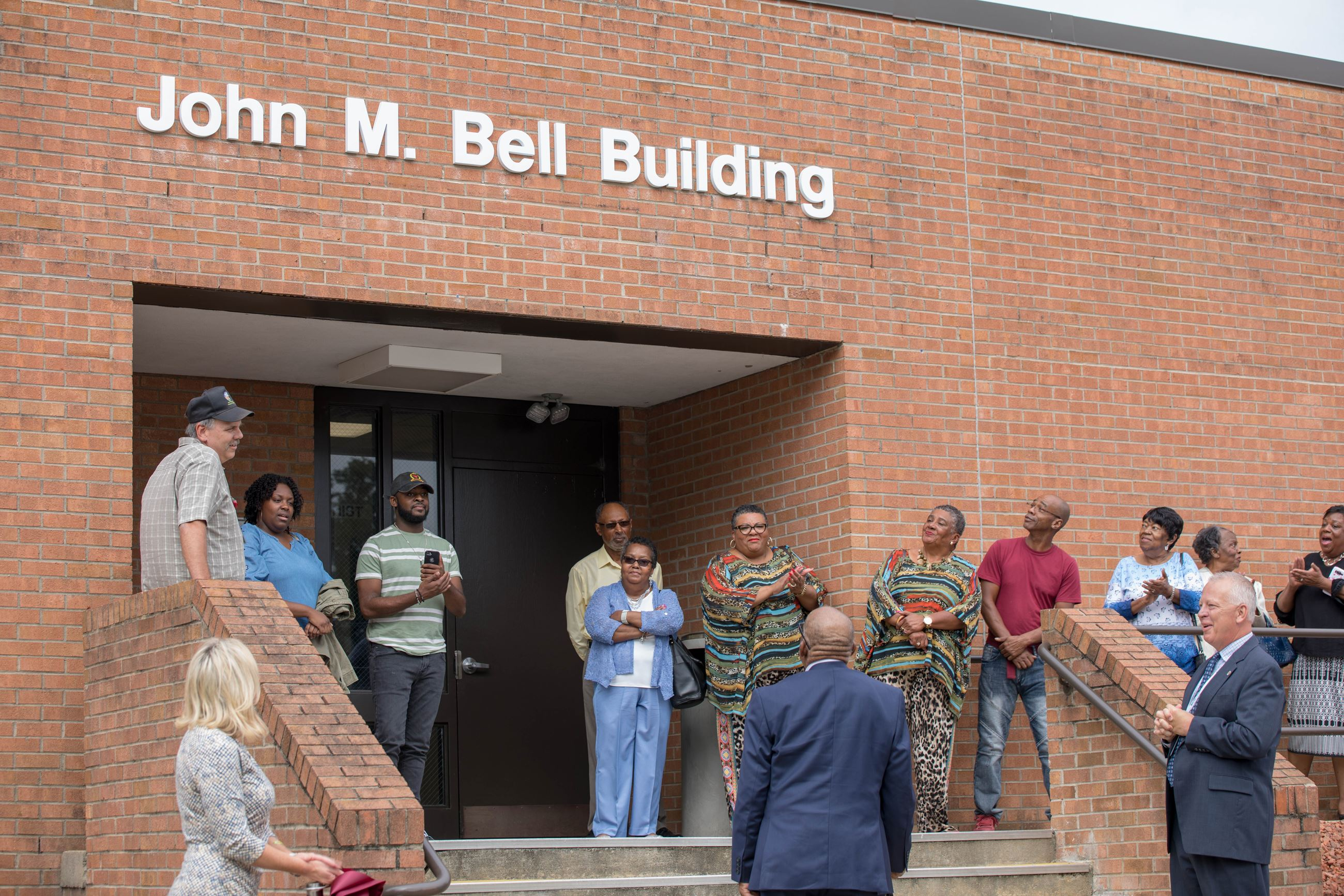 2019-10-1-John M Bell Ribbon Cutting-2